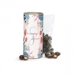 Тубус с орехами в шоколаде
